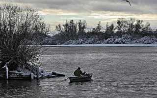 Рыбалка в ноябре: поведение рыбы, используемые снасти